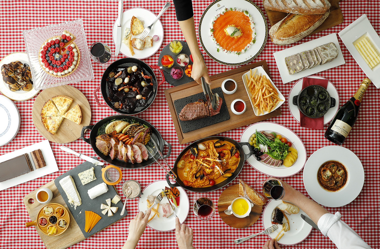 セント レジス ホテル 大阪 【金曜日限定】気の合う仲間とワイワイ楽しく!お好きなだけお好きな料理を堪能する夜 「クレイジー・ビストロ」を開催